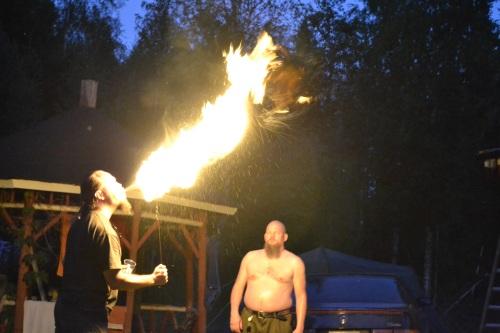 Taivas lyö tulta! (kuva: Juri Timonen)