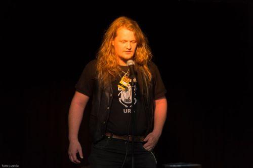 Juha Jyrkäs, Sähköväinö (kuva: Tomi Junnila)